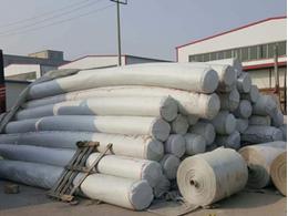 用沥青浸润层增加长丝土工布防水浸入效果